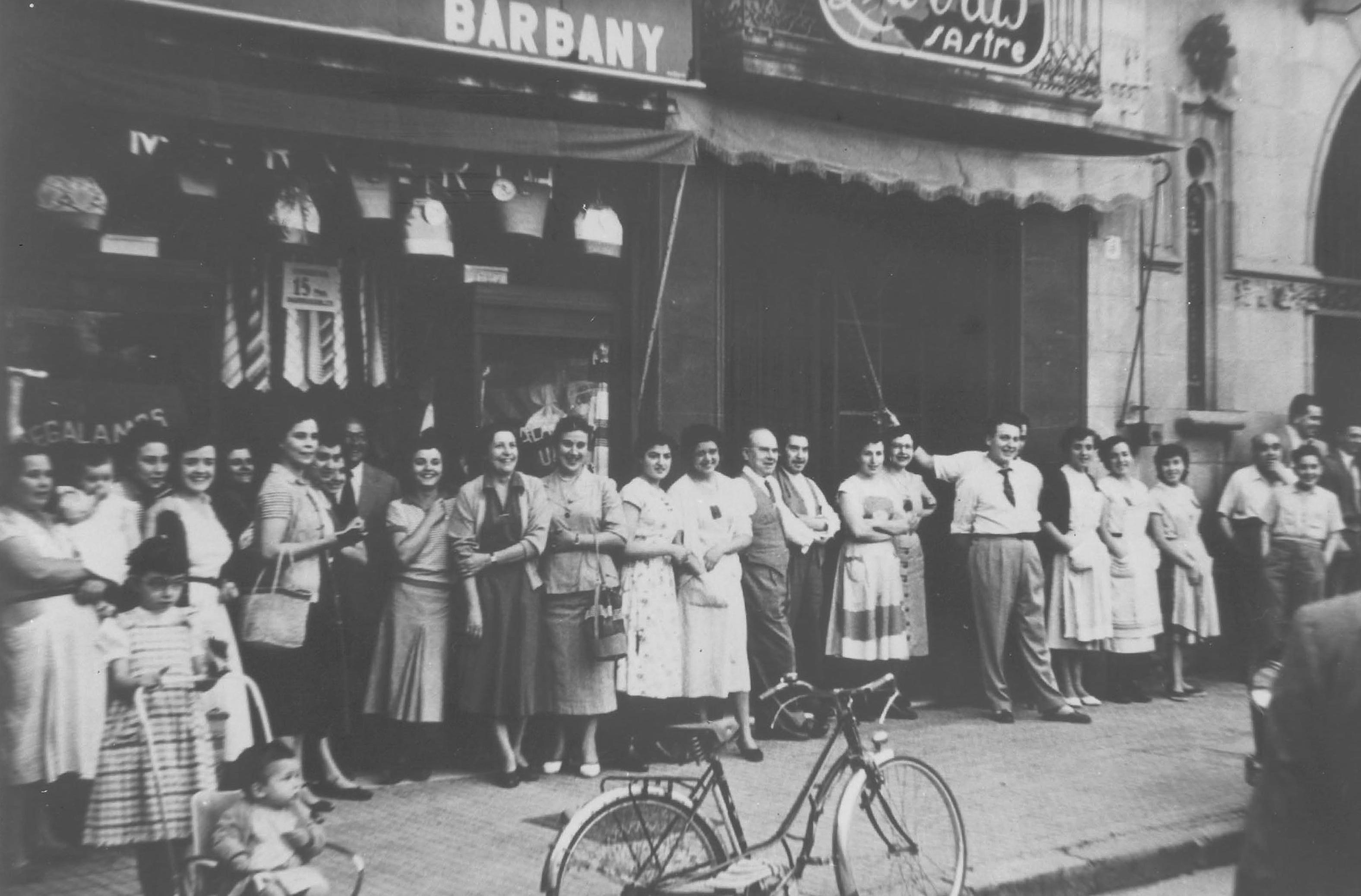 La primera tienda de ropa Barbany abre sus puertas en 1895 en Granollers.